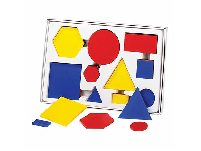 ucebna pomocka na poznacvanie geometrickych tvarov