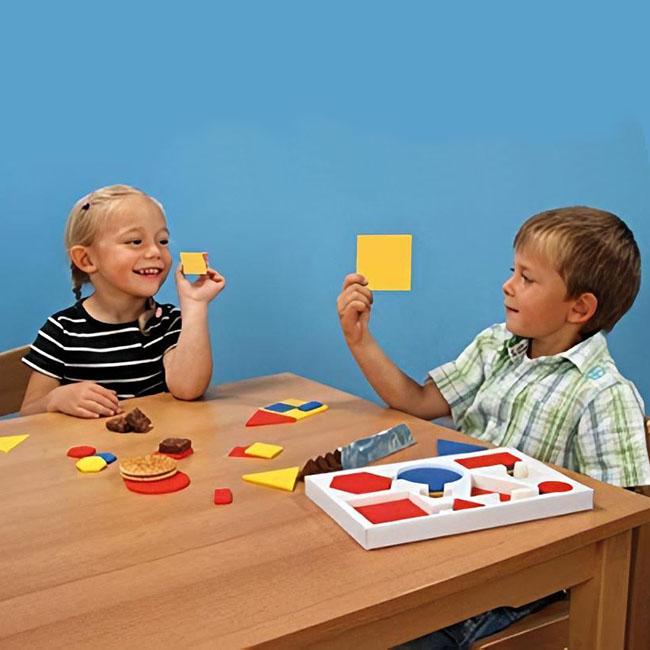 deti spoznavaju plastove geometricke tvary
